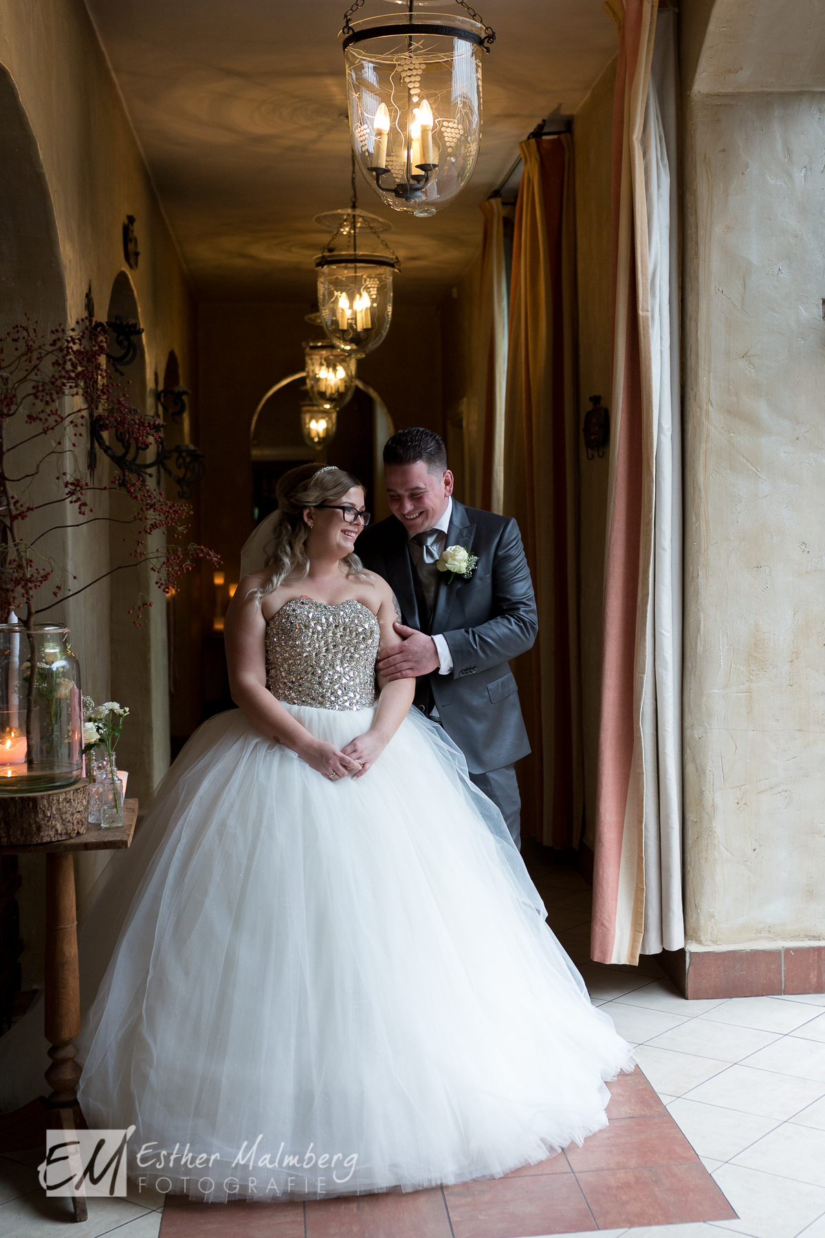 Romantische trouwreportage in Klooster Bethlehem