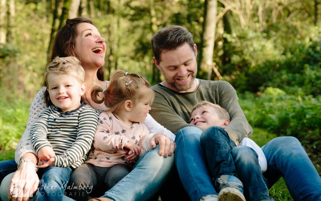 Liefdevolle familiereportage reeuwijkse hout